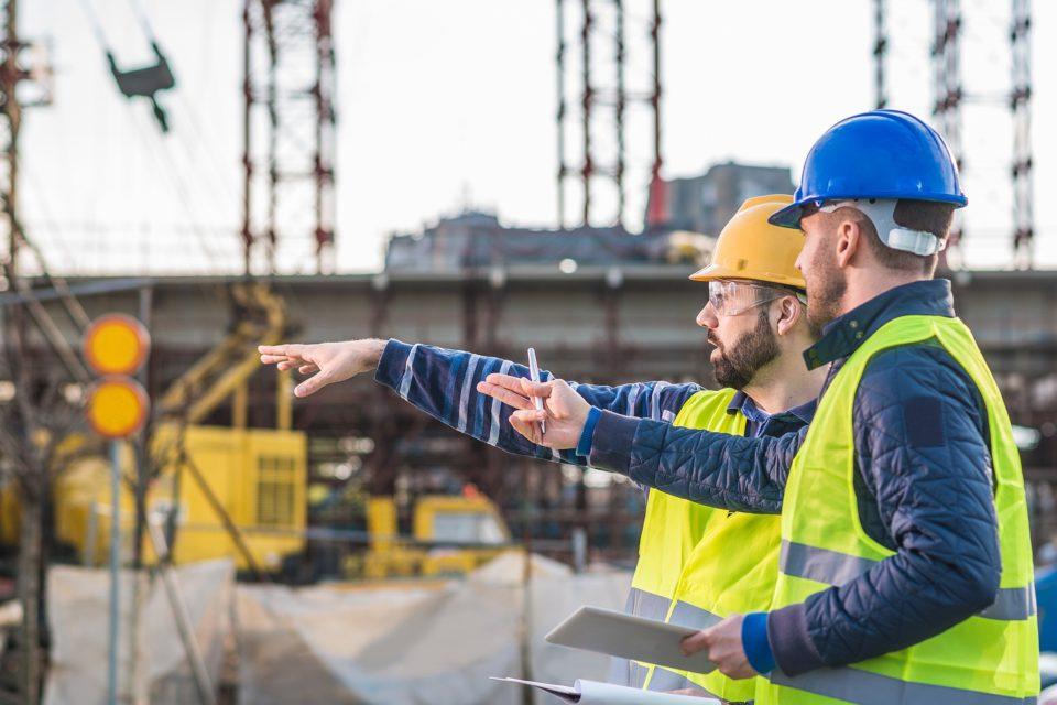 4 maneiras de fazer a gestão de equipamentos na construção civil