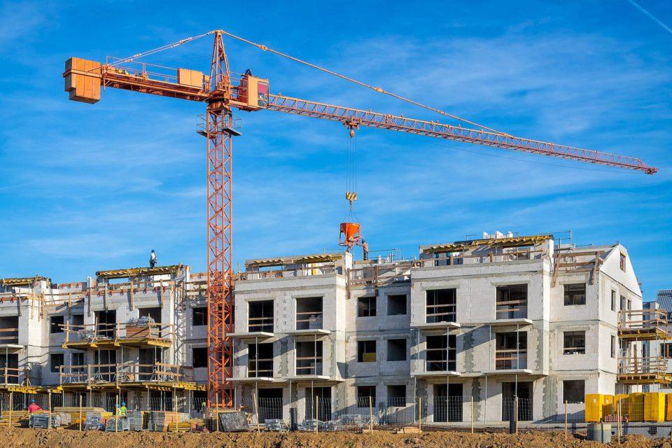 Entenda a aposta do Programa Casa Verde e Amarela para aquecer o mercado imobiliário